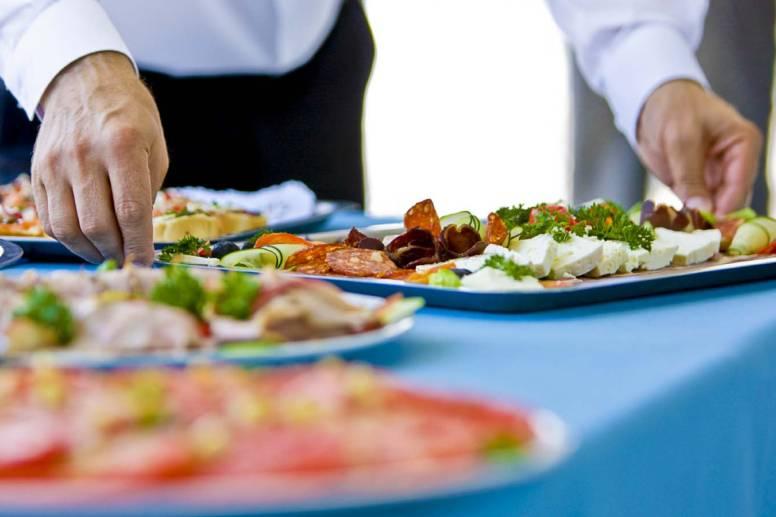 Catering e Banqueting: qual è il servizio più adatto a te?